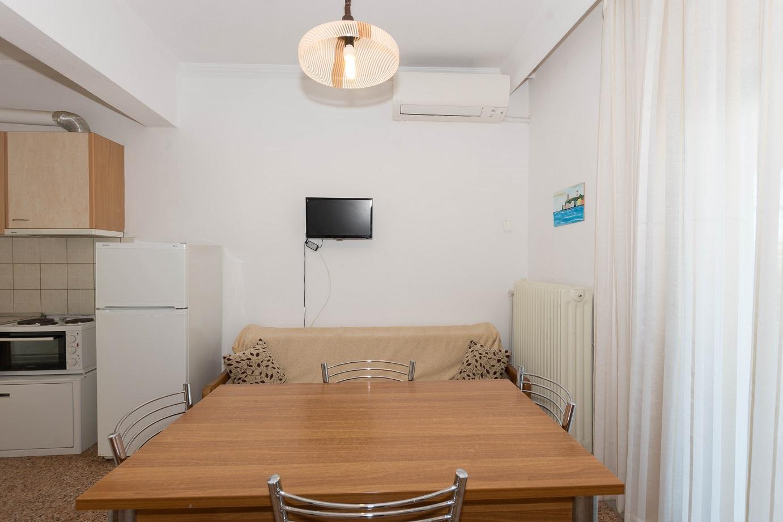 Apartment-Hotel_Karayiannis-Keramoti-Livingroom